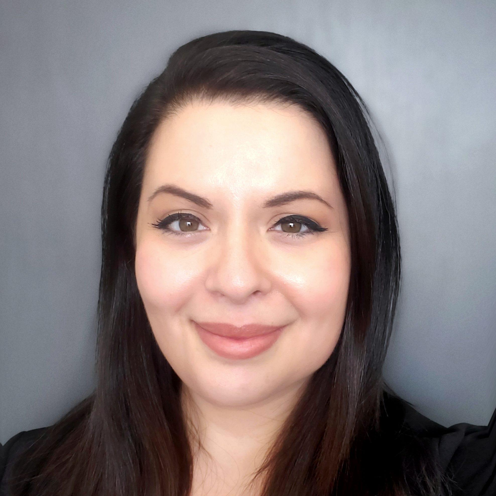 Sarah - Headshot